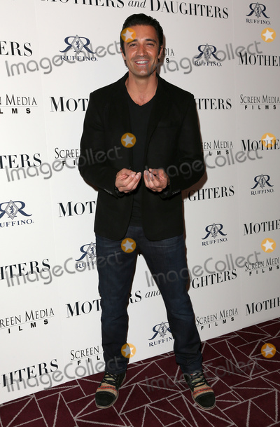 Photos From 'Mothers And Daughters' Los Angeles Premiere