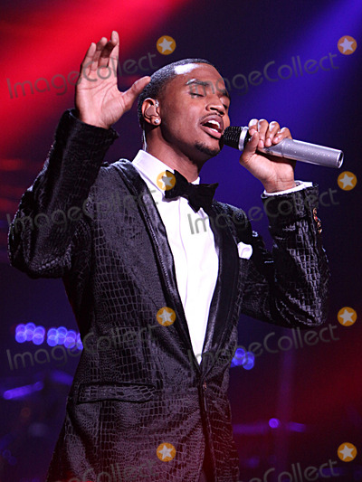 Trey Songz Photo - Trey Songz at the Fox Theater in Atlanta GA