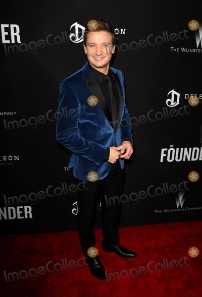 Jeremy Renner Photo - The Founder Premiere