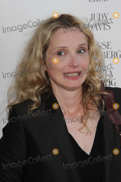 Julie Delpy,July Delpy Photo - To Rome With Love Premiere