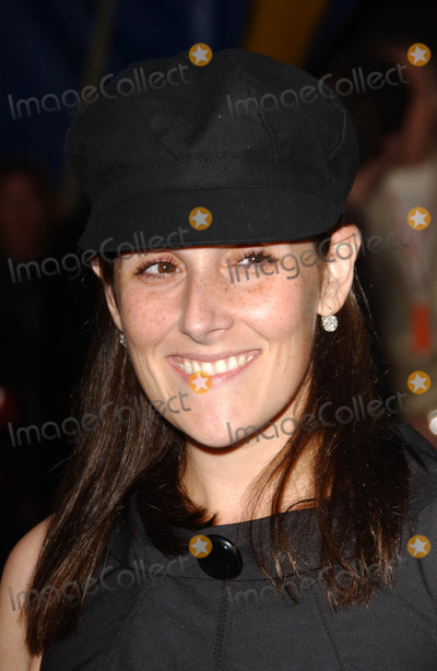 Ricki Lake,Cirque du Soleil Photo - Los Angeles Opening Cirque Du Soleils Corteo