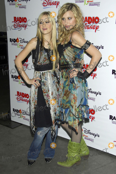 Aly Michalka,AJ Michalka Photo - The Radio Disney Totally 10 Birthday Concert