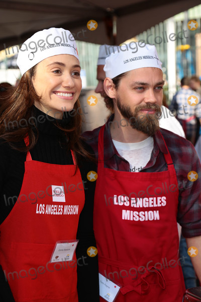 Photos From The LA Mission Thanksgiving Benefit