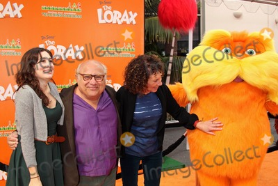 RES,The Lorax,Rhea Perlman,Danny De Vito Photo - Dr Seuss The Lorax Premiere
