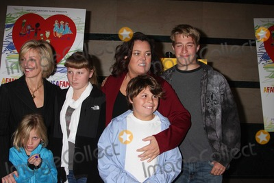 Kelly ODonnell Photo - Rosie ODonnell Kelli kids4890JPGNYC  011910Rosie ODonnell with former partner Kelli ODonnell and their 4 kids Parker ODonnell (14 12 years old) Chelsea ODonnell (12 12) Blake ODonnell (9 years old) and Vivienne ODonnell (7 years old) at a screening of her new HBO documentary A Family Is a Family Is a Family A Rosie ODonnell Celebration at the HBO officesDigital Photo by Adam Nemser-PHOTOlinknet