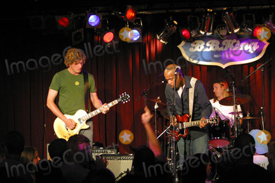 Soni Sonefeld Photo - Hootie  The Blowfish plays B B King Club in New York Pictured Mark Bryan and Darius Rucker and Jim Soni Sonefeld on drums July 24 2003