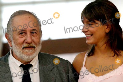 Adolfo Aristarian Photo - Festival DE Cine DE San Sebastian 2004 Roma Film Izrda a Drcha  Madolfo Aristarain Marcela Kloosterboer Photoyudania ReiaciGlobe Photos Inc 2004