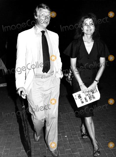 Jacqueline Kennedy Onassis Photo - Jacqueline Kennedy Onassis Paul SchmulachGlobe Photos Inc Jacquelinekennedyonassisobit