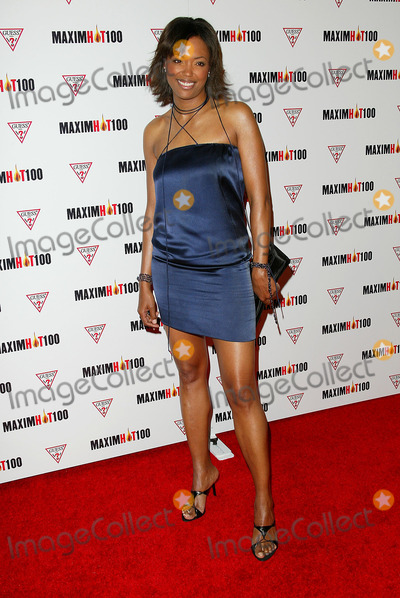 Aisha Tyler Photo - Maxim Magazine Hot 100 2002 Party