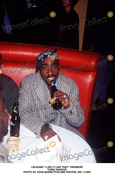 Tupac Shakur Photo - I Like It Like That Premiere Tupac Shakur Photo by John BarrettGlobe Photos Inc