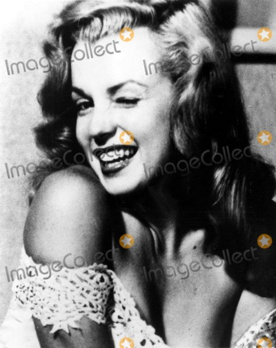 Marilyn Monroe Photos - Marilyn Monroe Supplied by Globe Photos Inc Marilynmonroeobit