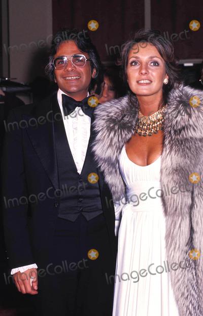 Jennifer ONeill Photo - Jennifer Oneill with Nick DE Noia 1975 Photo by Phil Roach-ipol-Globe Photos