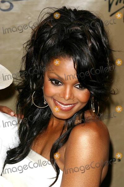 Janet Jackson Photo - Virgin Records Presents Damiita Jo a Celebration with Janet Jackson in Honor of Her New Album at the Spice Market  New York City 03292004 Photo by John ZisselipolGlobe Photosinc Janet Jackson