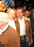 Alfons Schuhbeck Photo - Andreas Gabalier Balthasar Hauser Alfons Schuhbeck Arnold Schwarzenegger und DJ Oetzi bei der 23 Weisswurstparty beim Stanglwirt in Going am 24012014 Credit Kirschnerface to face