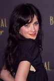 Zooey Deschanel Photo - Zooey Deschanelat the opening night of Billy Crystals 700 Sundays Wilshire Theatre Beverly Hills CA 01-12-06