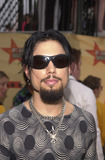 Dave Navarro Photo -  DAVE NAVARRO at the 2001 MTV Movie Awards Shrine Auditorium Los Angeles 06-02-01