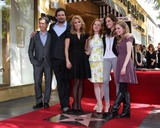 Allie Grant Photo - LOS ANGELES - JAN 29  Chris Parnell Jeremy Sisto Cheryl Hines Jane Levy Carly Chaikin Allie Grant at the Hollywood Walk of Fame Star Ceremony for Cheryl Hines at Hollywood Boulevard on January 29 2014 in Los Angeles CA