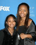 Aree Davis Photo - Deedee  Aree Davis37th NAACP Image AwardsShrine AuditoriumLos Angeles CAFebruary 25 2006                 V