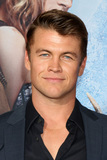 LUKE HEMSWORTH Photo - LOS ANGELES - APR 11  Luke Hemsworth at the The Huntsman Winters War American Premiere at the Village Theater on April 11 2016 in Westwood CA