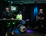 Alt J Photo - BALA CYNWYD PA USA - APRIL 20 English Alternative Rock Band alt-J Visit Radio 1045s Performance Theatre on April 20 2017 in Bala Cynwyd Pennsylvania United States (Photo by Paul J FroggattFamousPix)