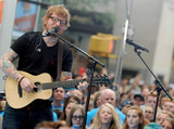 Ed Sheeran Photo - Photo by Dennis Van TinestarmaxinccomSTAR MAX2017ALL RIGHTS RESERVEDTelephoneFax (212) 995-11967617Ed Sheeran at The NBC Concert Series in New York City