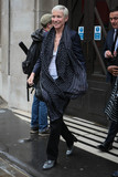 Annie Lennox Photo - Photo by KGCstarmaxinccomSTAR MAX2016ALL RIGHTS RESERVEDTelephoneFax (212) 995-119651116Singer Annie Lennox leaving BBC Radio Studios(England)