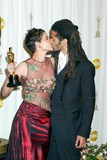 Halle Berry Photo - Photo by Russ EinhornSTAR MAX Inc - copyright 200232402Halle Berry and her husbend EricBenet in the press room at The Oscars ( The Kodak Theater Hollywood California )
