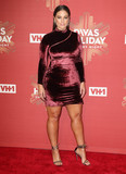 Ashley Graham Photo - Photo by KGC-146starmaxinccomSTAR MAX2016ALL RIGHTS RESERVEDTelephoneFax (212) 995-119612216Ashley Graham at VH1 Divas Holiday Unsilent Night(NYC)