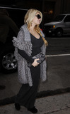 Jessica Simpson Photo - Pregnant actress and singer Jessica Simpson visits an office in midtown Manhattan on Novemebr 30 2011 in New York City