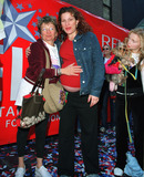 ANA GASTYER Photo - Very pregnant SNL star ANA GASTYER with her mother at the 5th Annual New York Revlon WalkRun for Women May 4 2002 New York This event which is one of the nations largest charity events to raise awareness and funds for womens cancer research is presented by the Entertainment Industry Foundation and The New York Times