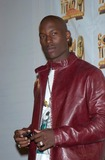 Train Photo - Singer TYRESE at the 15th Annual Soul Train Music Awards in Los Angeles28FEB2001   Paul SmithFeatureflash