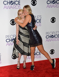 Melissa Rauch Photo - Melissa Rauch  Kaley Cuoco at the Peoples Choice Awards 2016 at the Microsoft Theatre LA Live January 6 2016  Los Angeles CAPicture Paul Smith  Featureflash