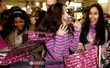 Hannah Montana Photo - London UK Fans at Miley Cyruss (star of Disney Channels smash hit Hannah Montana ) personal appearance to greet fans and sign copies of the Hannah Montana Behind the Spotlight DVD at HMVs Oxford Street store 27th March 2007Ali KadinskyLandmark Media
