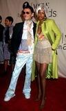 Kelis Photo - Matthew Williamson and Kelis 2001 Vh1 Vogue Fashion Awards Hammerstein Ballroom NYC 101901 Photo by Sonia MoskowitzGlobe Photos Inc