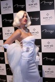 KIM VO Photo - the Opening of the Kim Vo Beauty Salon at the Mirage Resort Hotel and Casino Las Vegas NV 03-07-2008 Photo by Ed Geller-Globe Photos 2008 Marilyn Monroe Look-alike