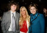 Alex Hughes Photo - - Exclusive a Tribute to Christopher  Dana Reeve - Cocktail Reception Beverly Hilton Hotel Beverly Hills CA 09-27-2006 Alex Hughes with Mom Suzanne Hughes and Gloria Allred Photo Clinton H Wallace-photomundo-Globe Photos Inc