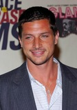 Simon Rex Photo - 11th Annual Race to Erase MS at the Westin Century Plaza Hotel Century City CA 05142004 Photo by Fitzroy BarrettGlobe Photos Inc  2004 Simon Rex