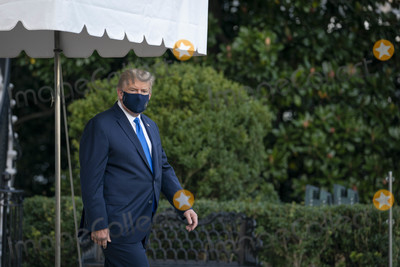 Photo - President Trump Departs the White House for Hospital