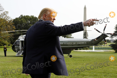 Photo - Donald Trump departs to Philadelphia - Washington