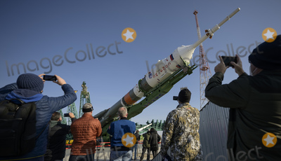 Photos From Expedition 65 Soyuz Rollout