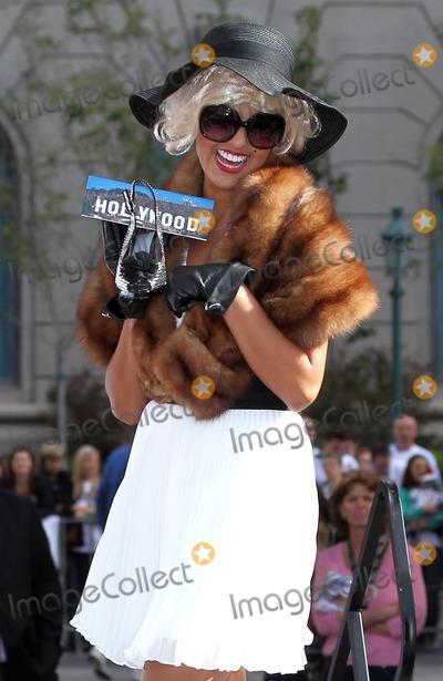 Photo - 2011 Miss America Pageant brings back the Shoe Parade at Paris Las Vegas