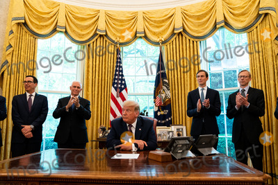 Photo - President Trump Announces Normalization of Relations Between Bahrain and Israel