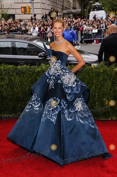 Photos From 'Charles James: Beyond Fashion' Costume Institute Gala