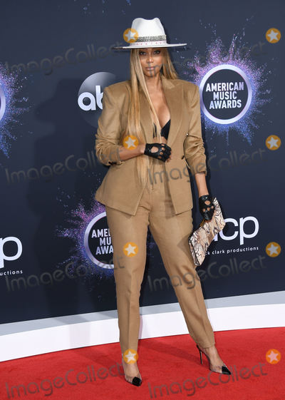Tyra Banks Photo - 24 November 2019 - Los Angeles California - Tyra Banks 2019 American Music Awards - Arrivals held at Microsoft Theater Photo Credit Birdie ThompsonAdMedia