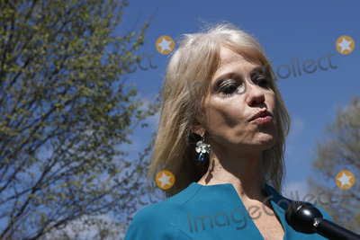 Photos From Kellyanne Conway speaks with reporters - Washington