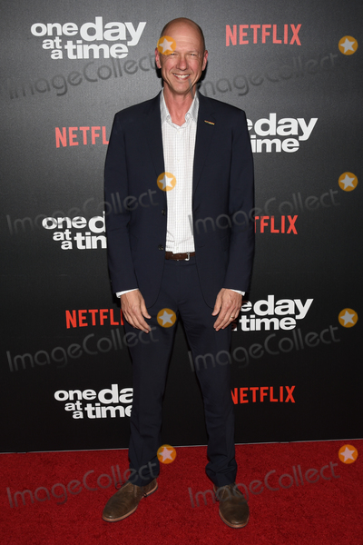 Photos From Netflix 'One Day at a Time' Season 3 Premiere