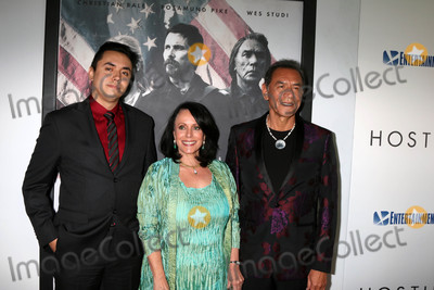 Photo - Kholan Studi Maura Dhu Studi Wes Studiat the Hostiles Premiere Samuel Goldwyn Theater Beverly Hills CA 12-14-17