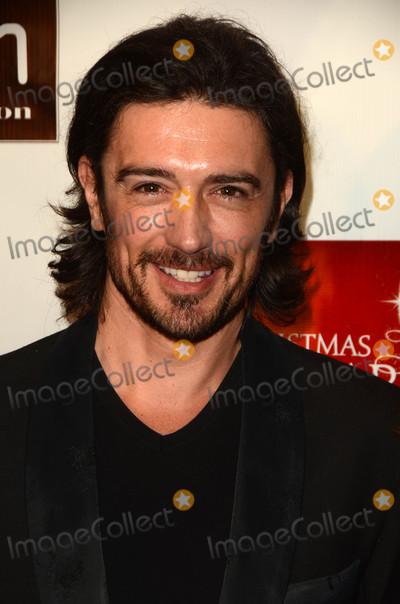 Adam Croasdell Photo - Adam Croasdellat A Christmas Star Premiere TCL Chinese 6 Hollywood CA 12-10-15