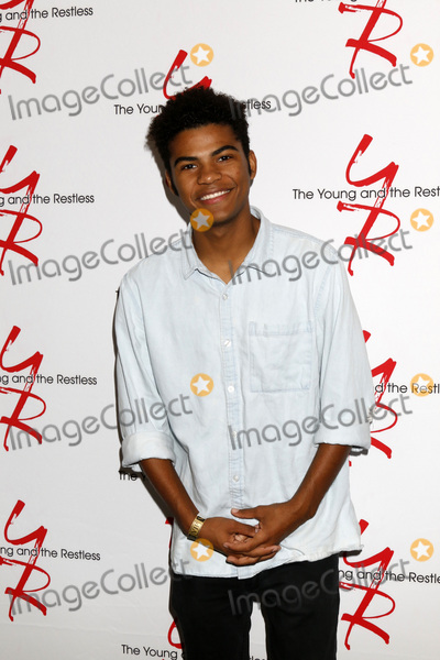 Photo - LOS ANGELES - AUG 19  Noah Alexander Gerry at the Young and Restless Fan Event 2017 at the Marriott Burbank Convention Center on August 19 2017 in Burbank CA