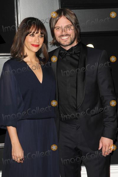 Alan Hicks Photo - LOS ANGELES - FEB 10  Rashida Jones Alan Hicks at the 61st Grammy Awards at the Staples Center on February 10 2019 in Los Angeles CA
